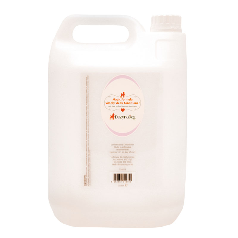126018 - DezynaDog Magic Formula Simply Sleek Conditioner 5L 2015